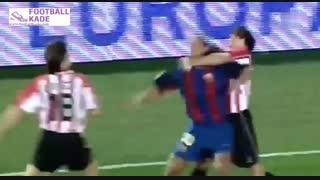 حرکات شبیه به هم مسی و رونالدینیو در بارسلونا