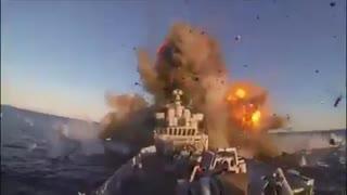 فیلم لحظه شلیک موشک و اصابت به ناوچه کنارک