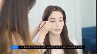 . دو مدل میکاپ .Persian girl gets Korean and Western Makeup
